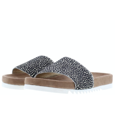 Maruti Berlin pixel black Slippers Slippers